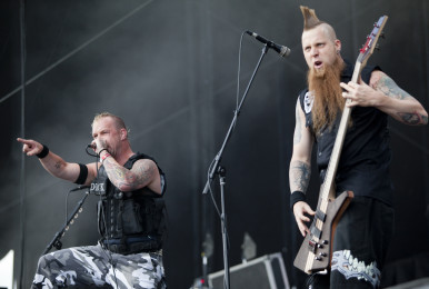 FiveFingerDeathPunch_HeavyMTL2010_TimSnow_ 20100725-59
